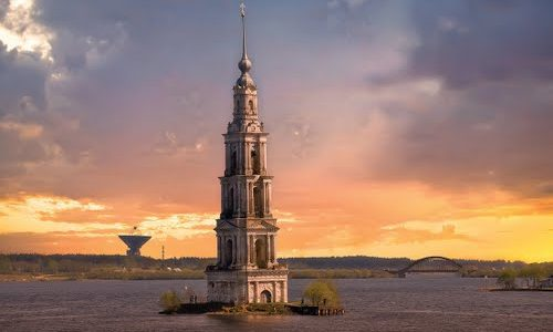 """Atlantis"": Citta' Russa riemerge dopo decenni"