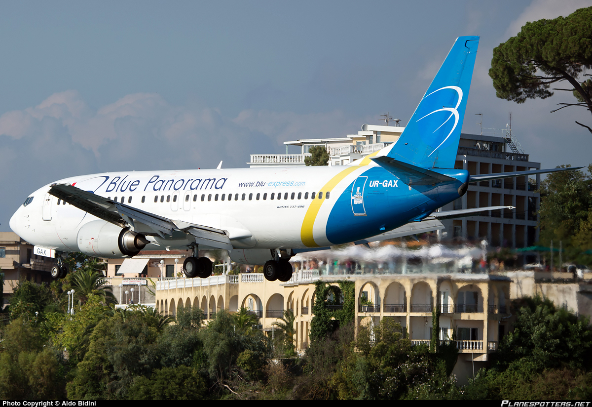 UR-GAX-Blue-Panorama-Airlines-Boeing-737-400_PlanespottersNet_501125