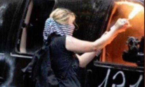 Ragazza Scomparsa nel 2019 arrestata mentre Incendiava 5 Macchine per Antifa'