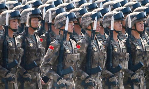 Gli strateghi militari cinesi hanno invitato Pechino a prepararsi alla guerra con l'India