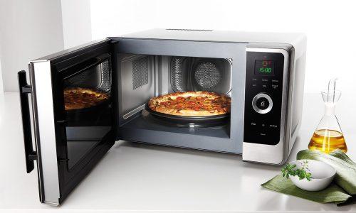 """Come è stato scoperto il """"forno"""" a microonde"""