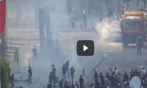 A Beirut, 7 mila persone sono scese in piazza chiedendo le dimissioni del governo