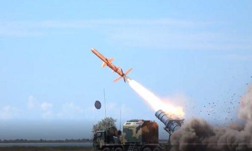 L'Ucraina mostra un video dell'uso in combattimento del cacciatorpediniere del ponte di Crimea